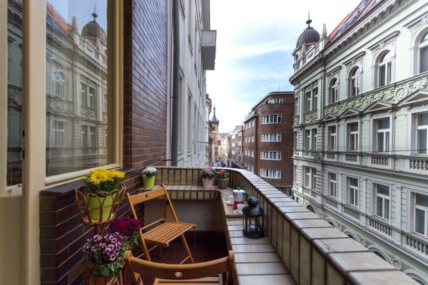 Nice Apartment with Terrace - фото 15