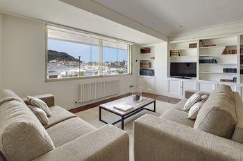 Playa de La Concha 3 Apartment by FeelFree Rentals - фото 1