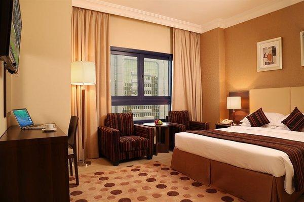 Oriental Hotel Apartments - фото 2