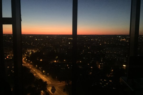 46th Floor Penthouse in Sky Tower - фото 12