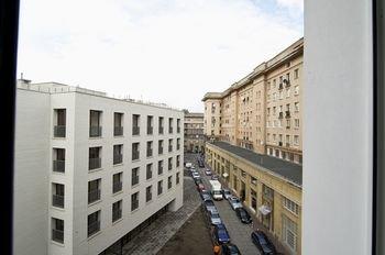 Dream in Warsaw - Pl. Konstytucji 3 - фото 8