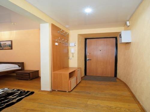 Economy Apartment Center - фото 10