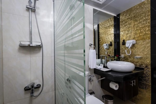 The View Al Barsha Hotel Apartments - фото 15