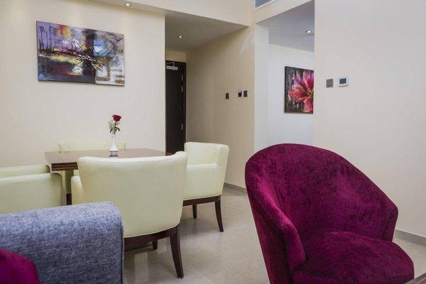 The View Al Barsha Hotel Apartments - фото 8