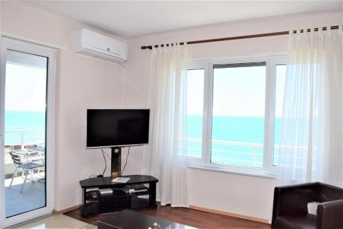 Currila Apartments Durres - фото 6