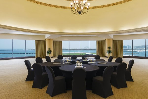 Le Royal Meridien Beach Resort & Spa Dubai - фото 16