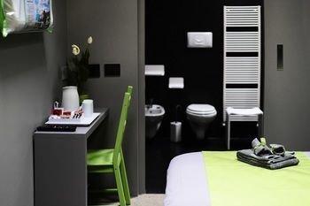 Miloft Guest Rooms and Terrace - фото 16