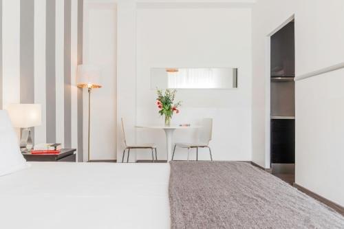 Heart Milan Apartments Duomo Terrace - фото 19
