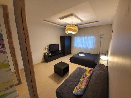 Studio apartment in private house - фото 2
