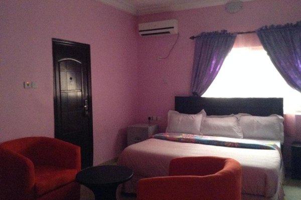 Riana Star Hotel - фото 3