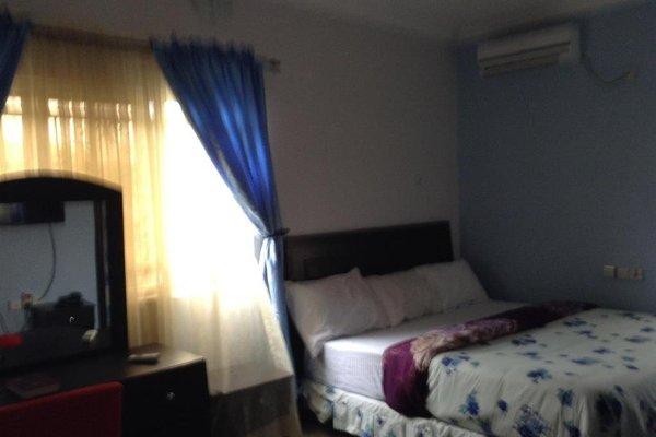 Riana Star Hotel - фото 4