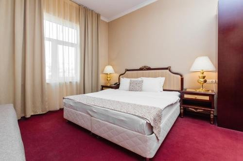 Clementine Hotel - фото 2