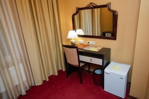 Clementine Hotel - фото 7