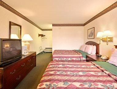 Photo of OYO Hotel Texarkana North Heights AR Hwy I-30