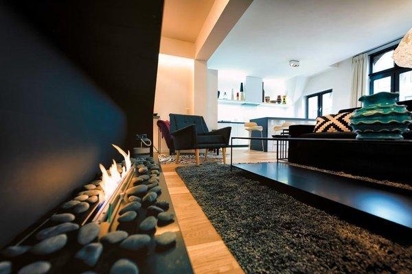 Charles Home - Grand Place Aparthotel - фото 9