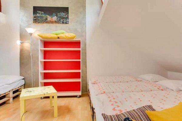 Three-Floor Apartment - фото 2