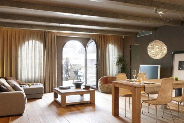 Sensae Apartment by FeelFree Rentals - фото 20