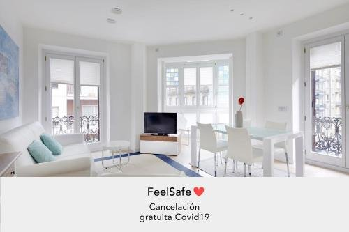 Easo Suite 2B Apartment by FeelFree Rentals - фото 17