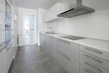 Black & White 4 Apartment by FeelFree Rentals - фото 3
