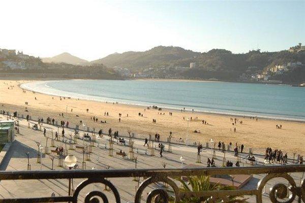 San Sebastian front beach property - фото 5