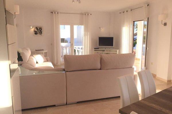 Modern Beachside Villa Marbella - фото 42