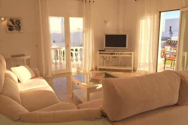 Modern Beachside Villa Marbella - фото 1