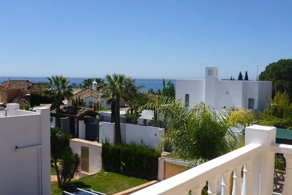 Modern Beachside Villa Marbella - фото 5