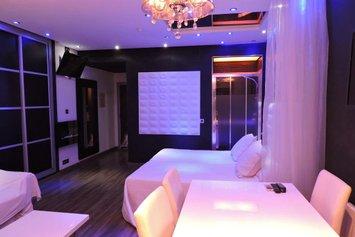Banus Suites