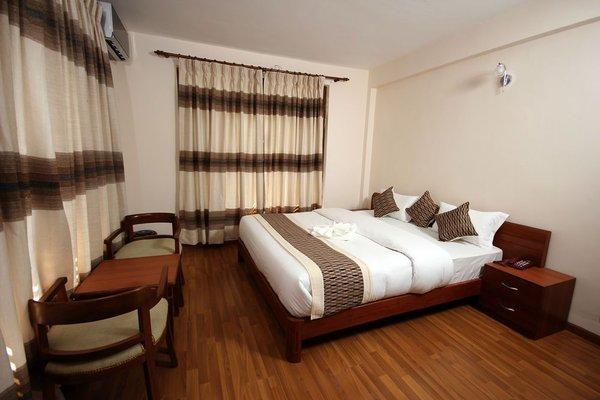Hotel Holiday House - фото 4