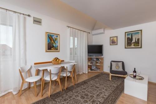 Apartment Tomic - фото 6
