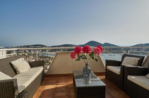 Adriatic Sea View Apartment - фото 19