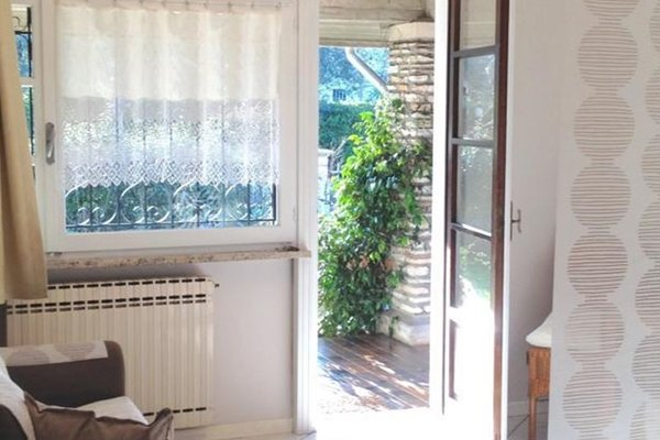 Your Studio Apartment in Sirmione - фото 19