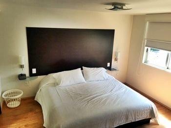 Гостиница «Grupo Kings Suites Duraznos 72», Федеральный округ Санта Фе
