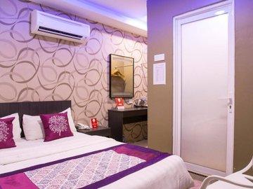 Hotel Q Inn