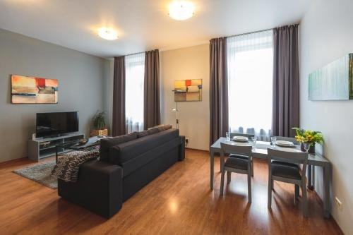 Bearsleys Downtown Apartments - фото 11