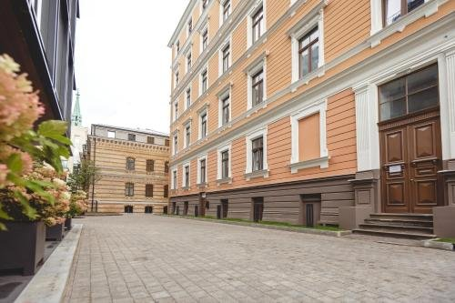 Bearsleys Downtown Apartments - фото 22