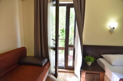 Dzhankhot Guest house - фото 3