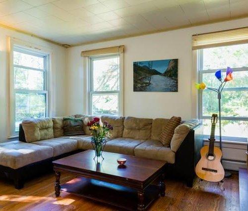 Photo of Triplex A Suite 3 Bedroom Getaway