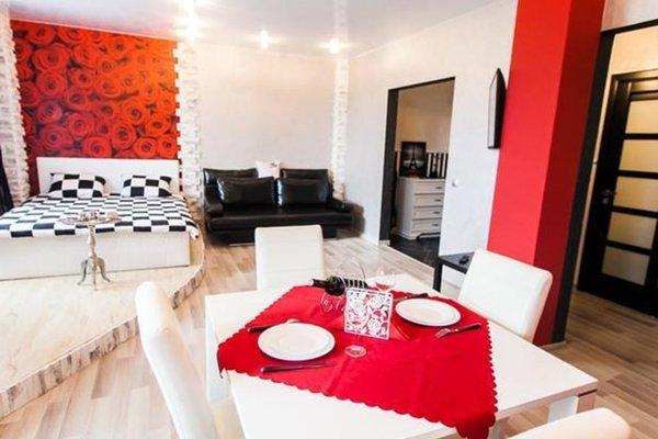 Beautiful Apartments on Popovicha Lane 10-87 - фото 1