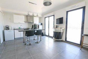 Apartment Rue Merle