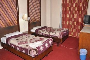 Hotel Atithi - фото 1