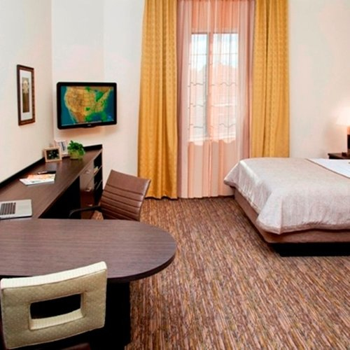 Photo of Candlewood Suites Morgantown-Univ West Virginia, an IHG Hotel