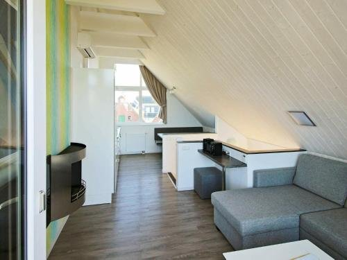Two-Bedroom Holiday home in Wendtorf 5 - фото 3