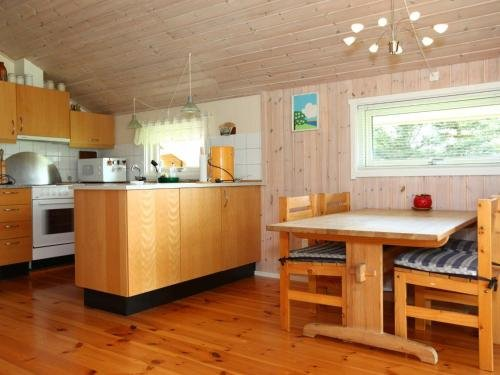 Two-Bedroom Holiday home in Skibby 1 - фото 11