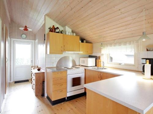 Two-Bedroom Holiday home in Skibby 1 - фото 5