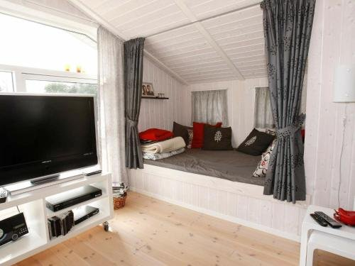 Three-Bedroom Holiday home in Hadsund 34 - фото 3