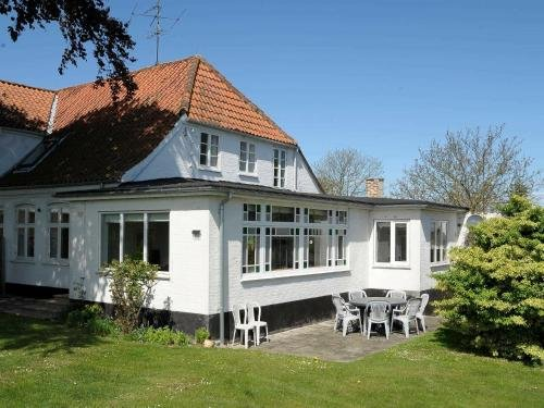 Four-Bedroom Holiday home in Nordborg 1 - фото 8
