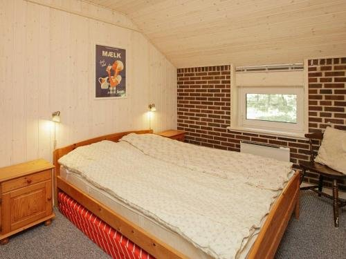 Three-Bedroom Holiday home in Blavand 16 - фото 11