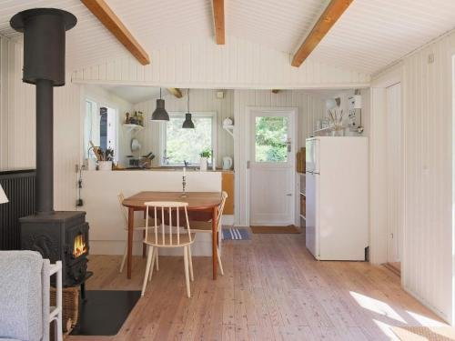 Two-Bedroom Holiday home in Gilleleje 9 - фото 16