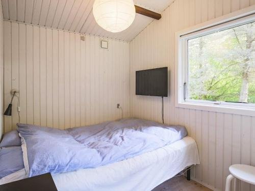 Two-Bedroom Holiday home in Gilleleje 9 - фото 9